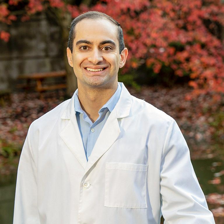 Kian Azarnoush, DMD - Periodontist